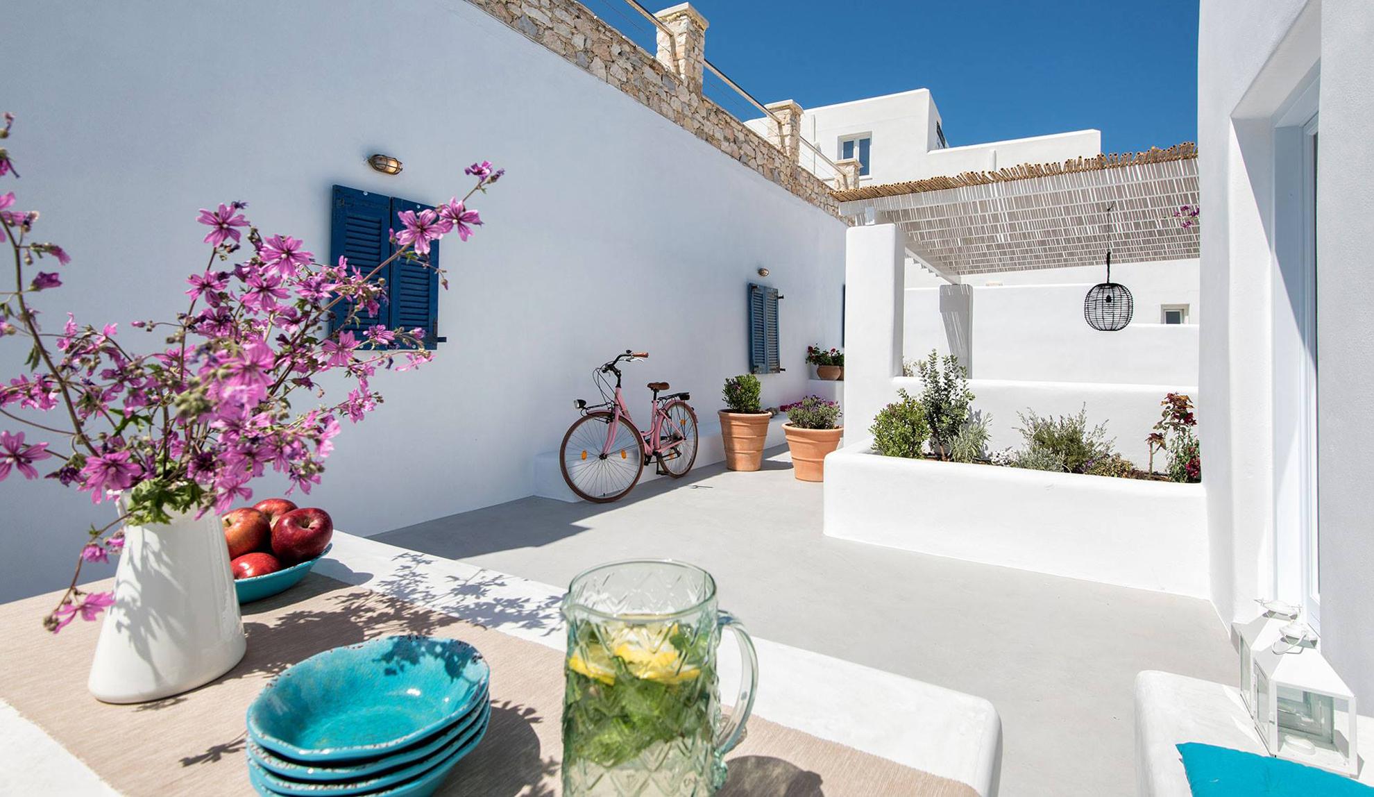 House in Greece, Israeli Design